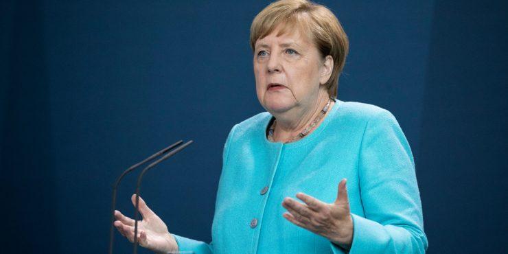 Меркель: Европа не может решить все конфликты в мире
