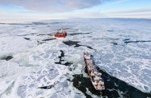 Япония призывает противостоять России в Арктике
