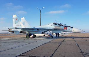 В Крыму 2 летчика катапультировались из-за истребителя