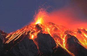 В Конго проснулся вулкан