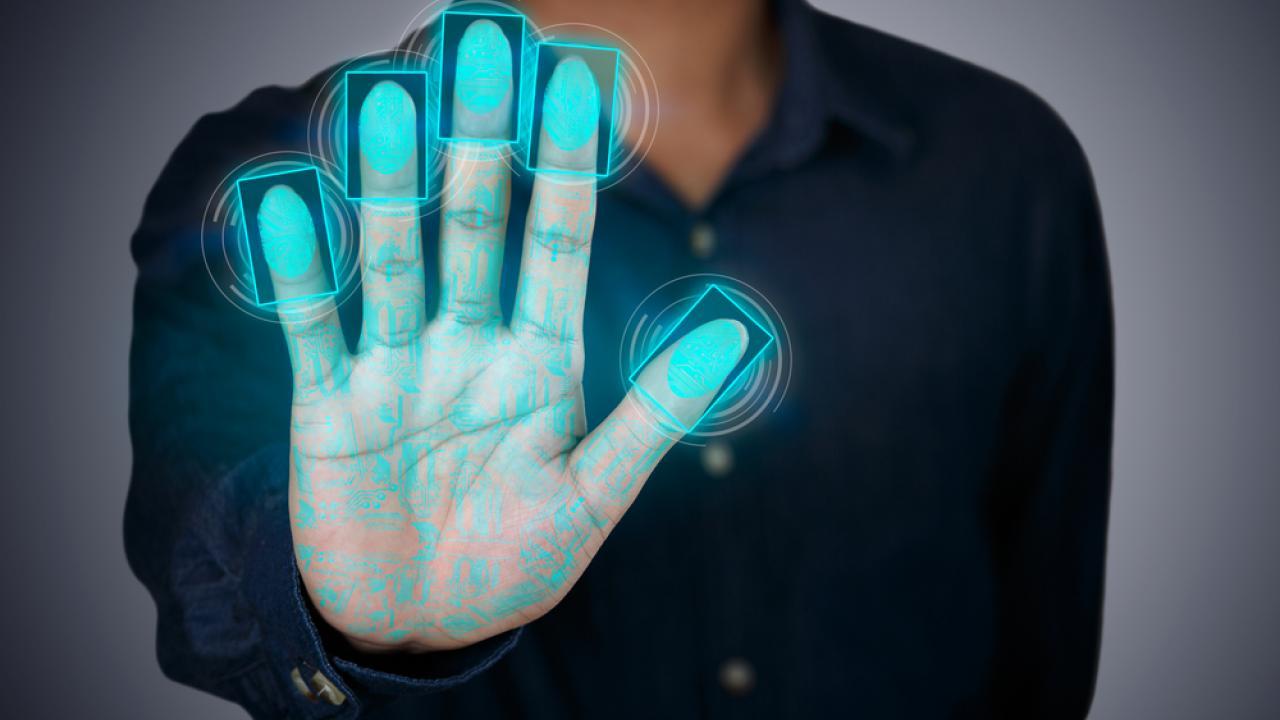 Эксперты заявляют о возможной утечке биометрических данных