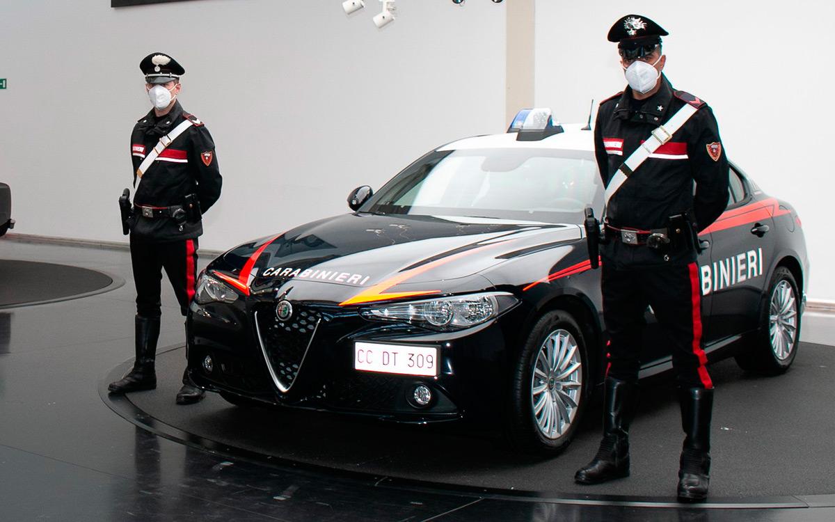 Итальянская полиция будет ездить на бронированных Alfa Romeo