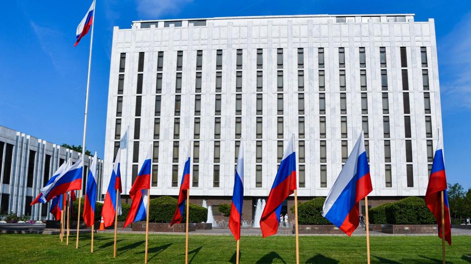 Журналисты сообщают о возможной высылке пресс-секретаря посольства США из России