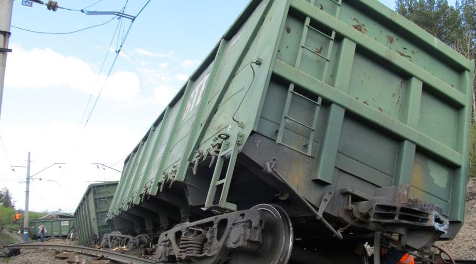 В Самарской области восстановили движение поездов по одному пути после схода вагонов