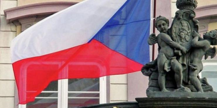 МИД Чехии сделал заявление: ограничение на число российских дипломатов в стране снято не будет