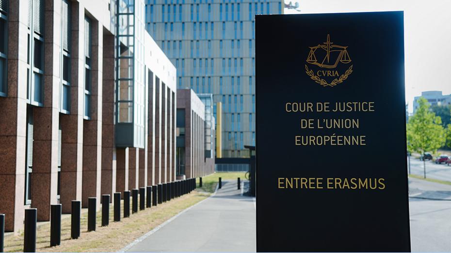 Суд отказался арестовывать российского диспетчера по делу о крушении самолета Качиньского