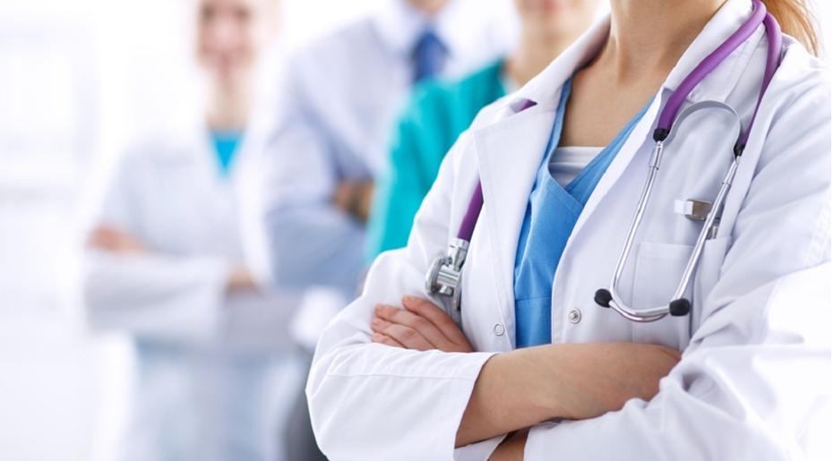 Оплата труда работникам здравоохранения будет пересмотрена к 2023 году