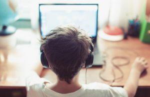 Поступило предложение ввести возрастную идентификацию подростков в соцсетях