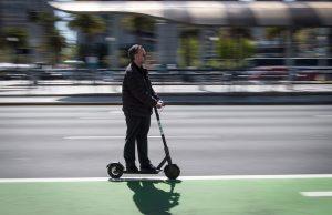 В Москве вводятся правила езды на электросамокатах