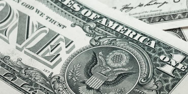 В Китае считают, что отказ России от доллара ставит США в неловкое положение