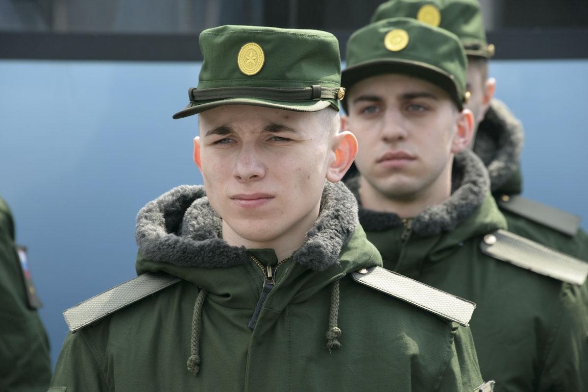 Призывников Российской армии привьют от COVID-19