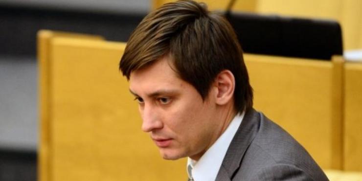 У политика Дмитрия Гудкова проходит обыск