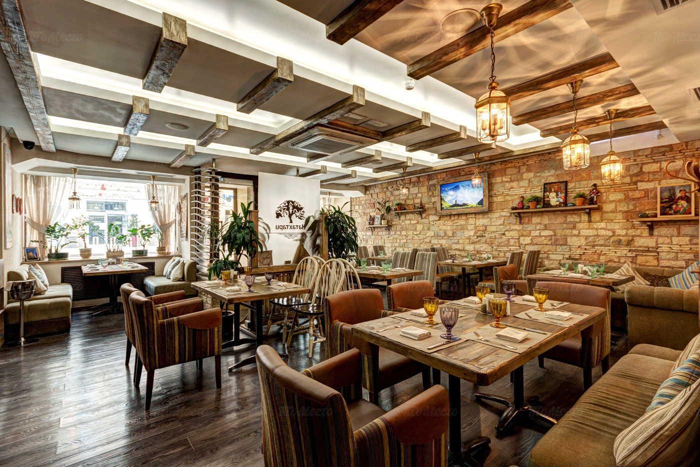Московские кафе и рестораны теперь доступны только посетителям с QR-кодом