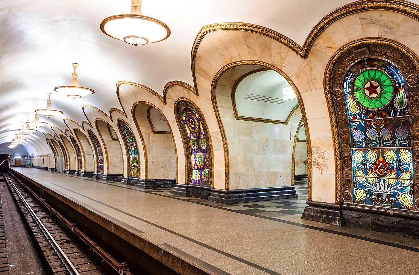 В Москве из-за ливня закрыли метро
