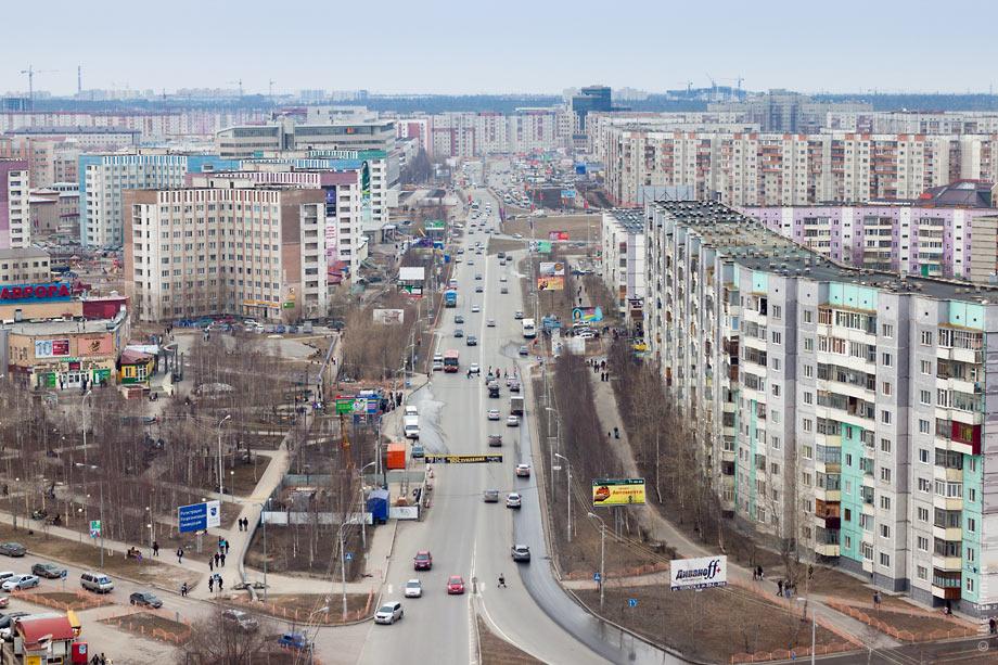 Для снижения загруженности трафика в Сургуте будут установлены умные светофоры на перекрестках