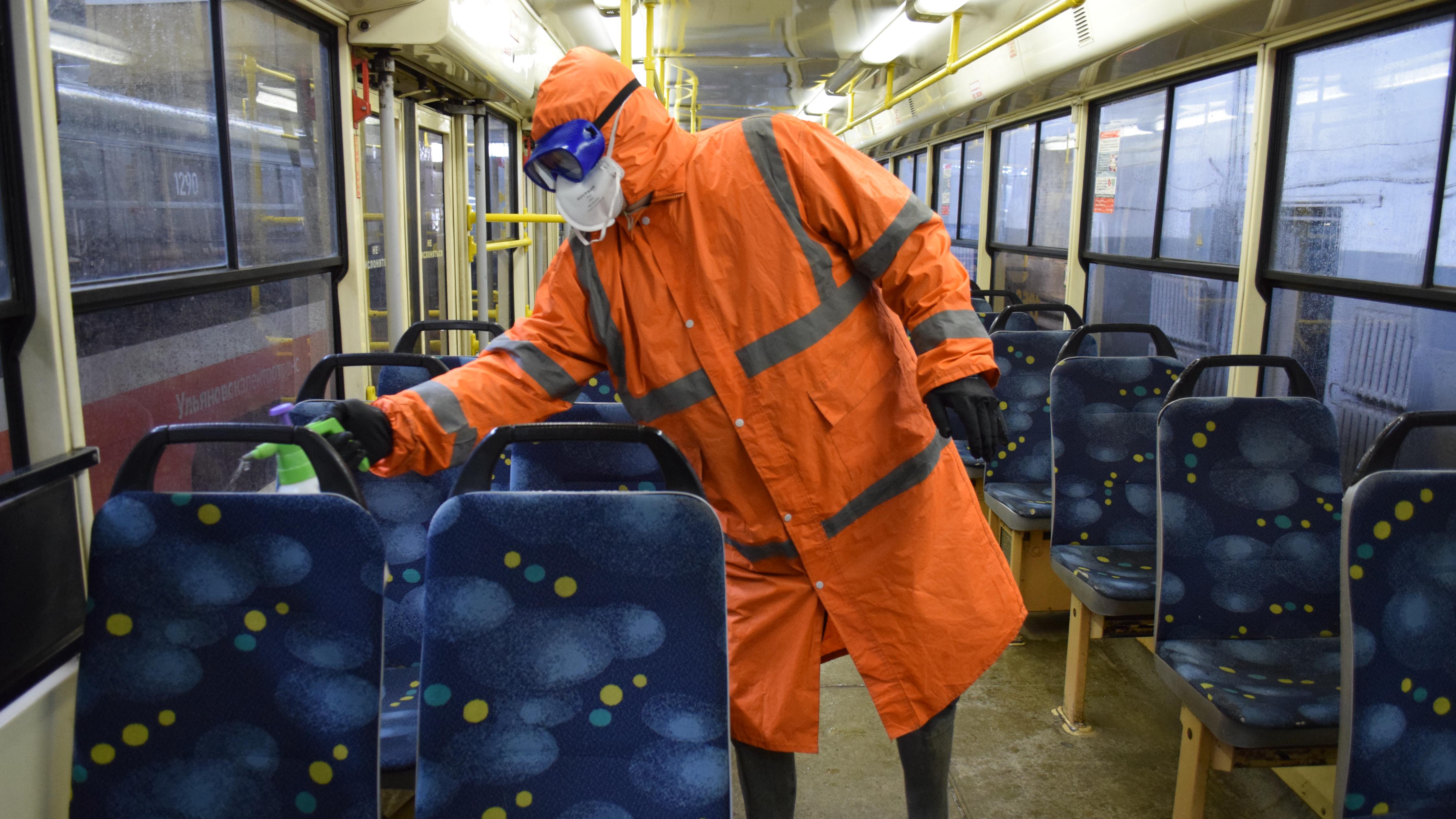 В Подмосковье хотят пускать в транспорт только по QR-коду