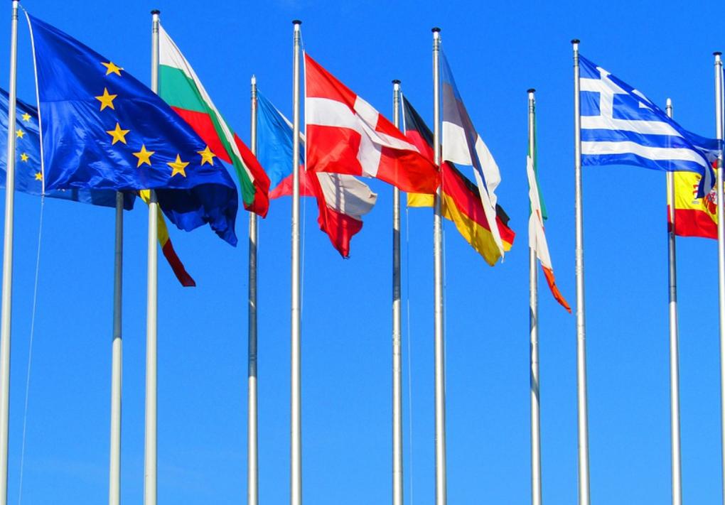 На примере Великобритании рассматривается вопрос введения локдауна в ЕС