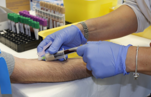 ОАЭ – первая в мире страна по темпам вакцинации от COVID-19