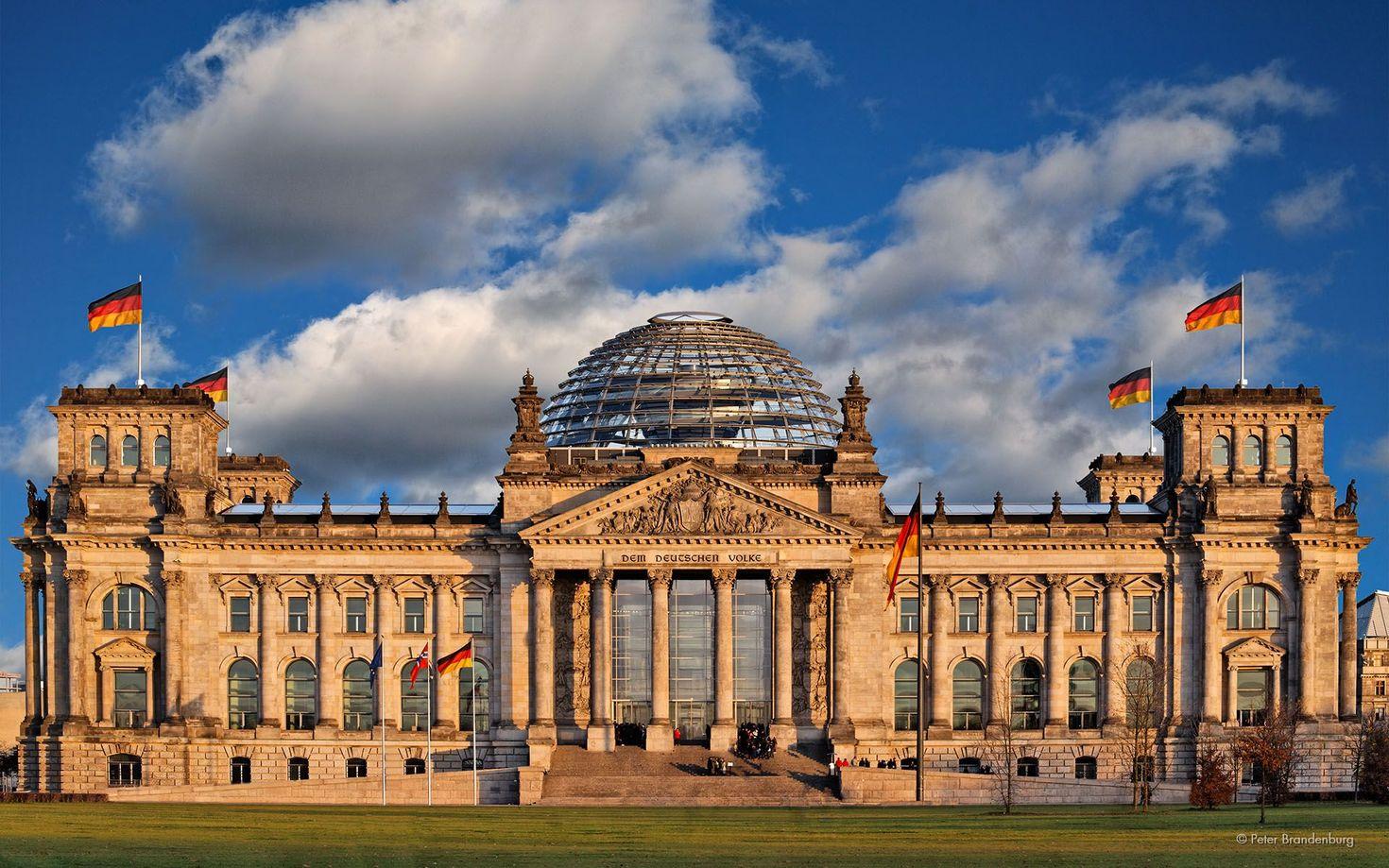 Германия рассматривает введение ограничений для непривитых граждан