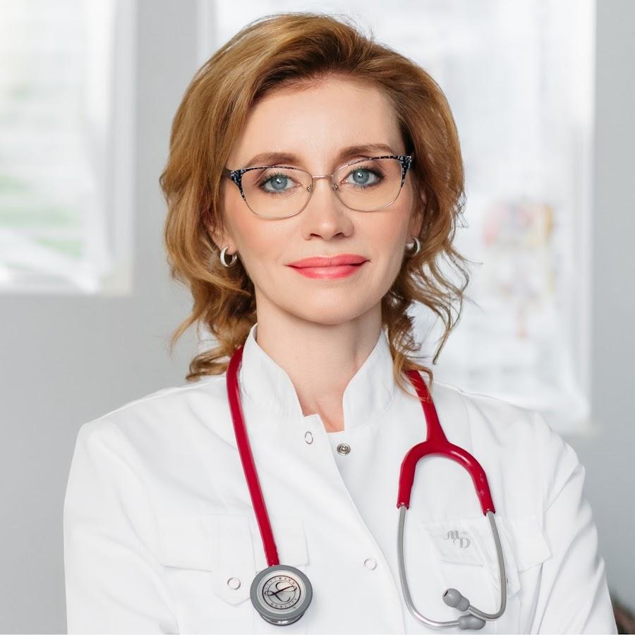 Медик рассказала при каких симптомах COVID-19 нужно срочно вызывать скорую