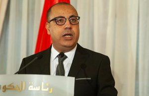 Премьера Туниса вынудили подать в отставку после избиения
