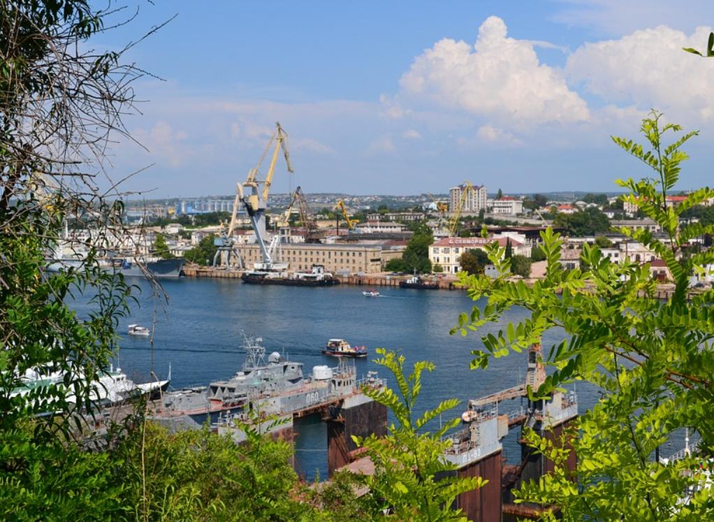 Крым готовит иски по пяти блокадам со стороны Украины