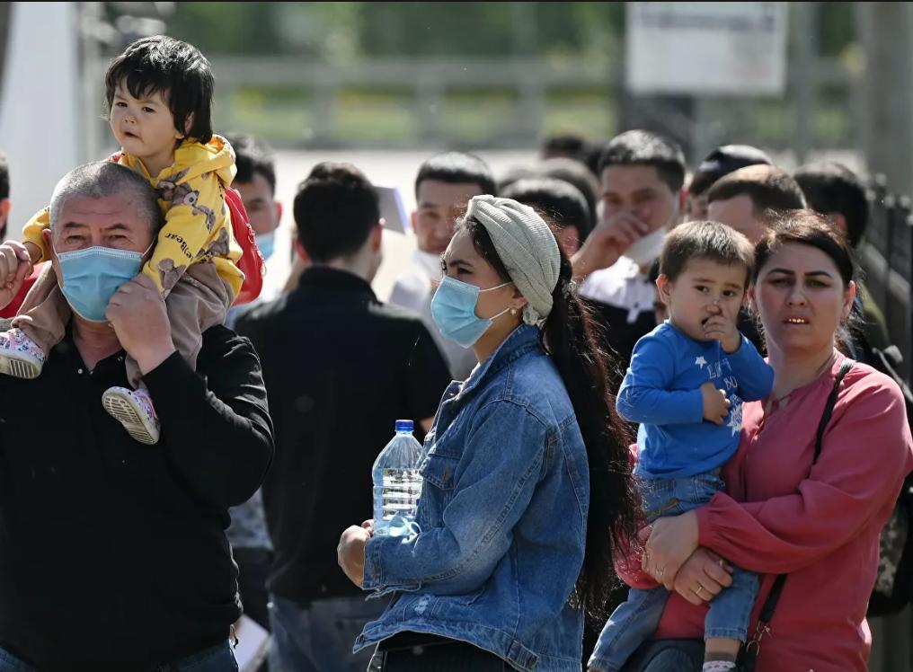 Нелегальные мигранты в Литве получат по €300 от правительства при одном условии