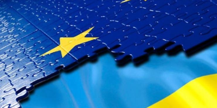 Военная мощь Украины мешает ей вступить в ЕС, считают в Украине