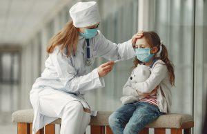 Участились случаи заболевания COVID-19 среди детей – глава Минздрава