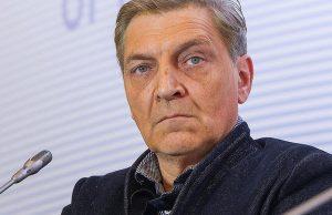 В Петербурге напали на журналиста Александра Невзорова