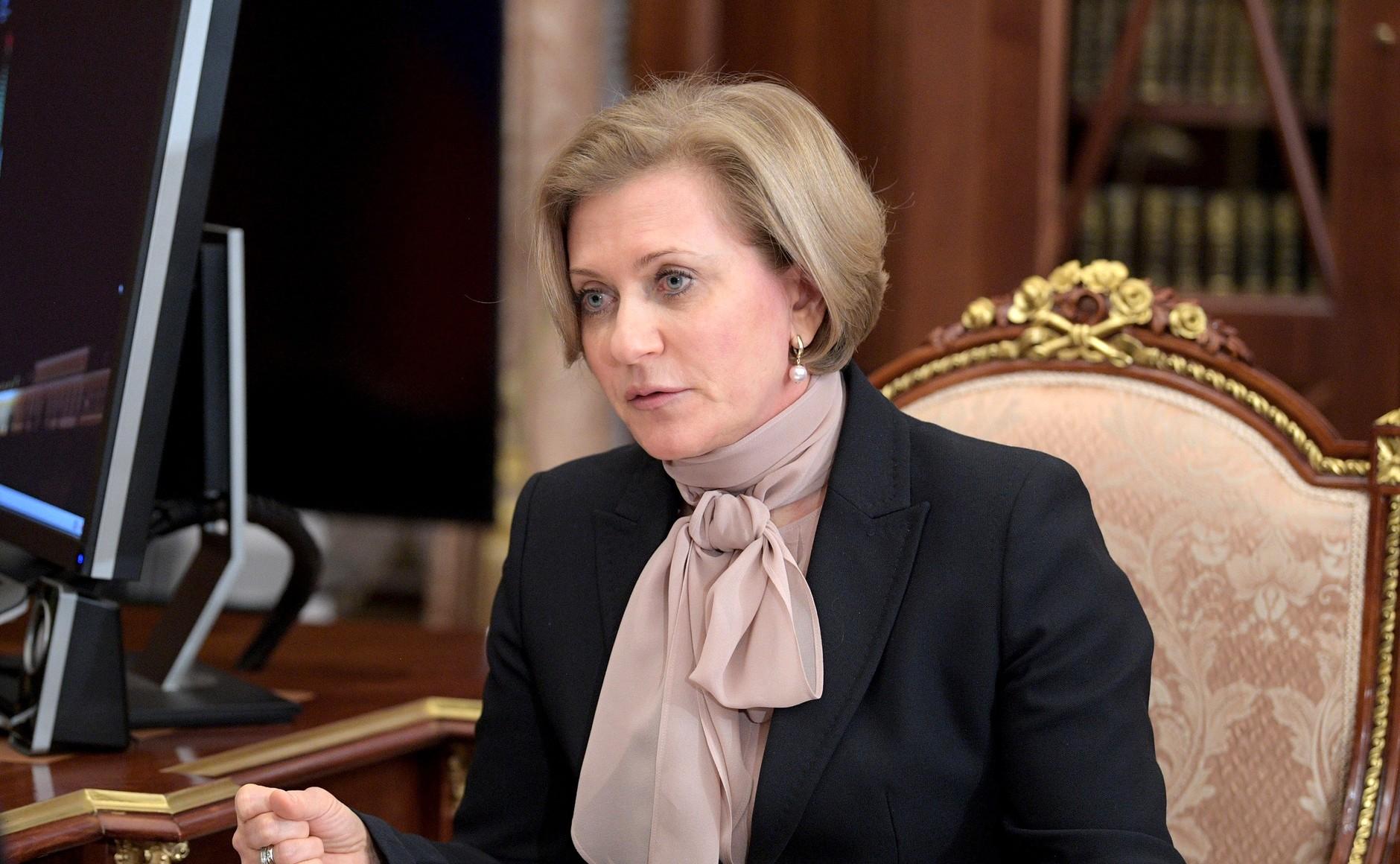 Ситуация с COVID-19 в России остается напряженной – глава Роспотребнадзора
