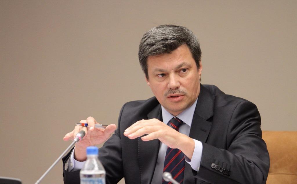 В Госдуме прокомментировали идею увеличить рабочую неделю до семи дней