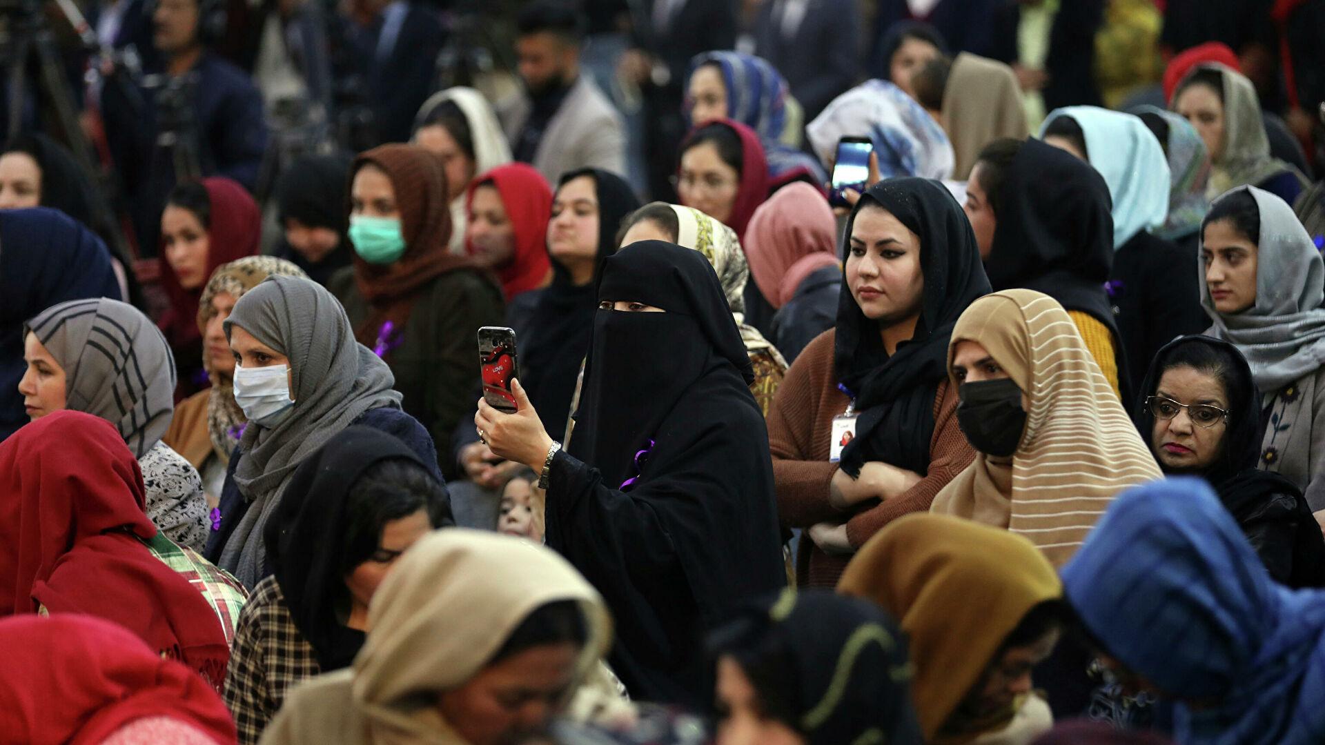 Талибы предложили женщинам присоединиться к будущему правительству