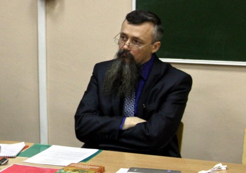 Во время массового расстрела в университете Перми один из профессоров запер аудиторию и продолжил лекцию