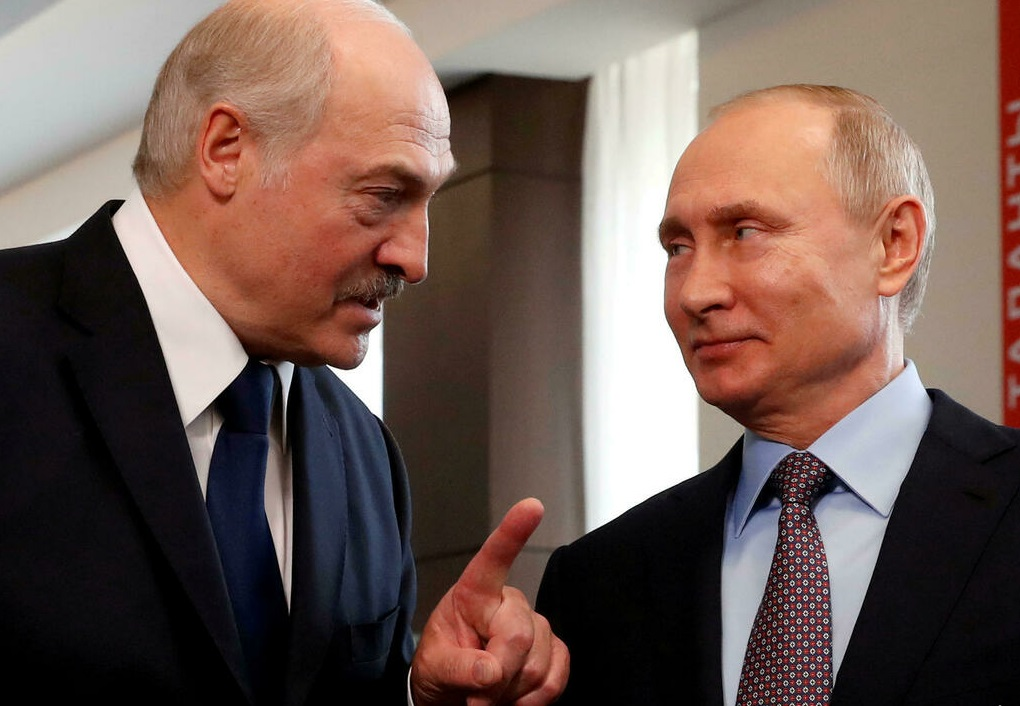 Лукашенко рассказал о покупке современного вооружения у России