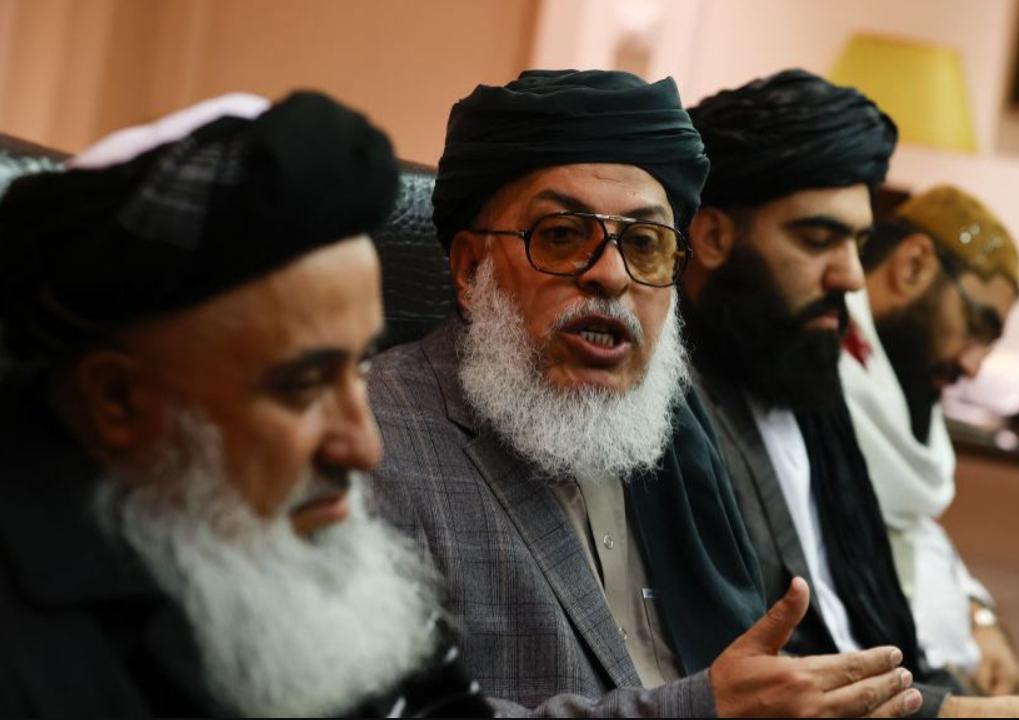 Мужчинам Афганистана официально запретили подстригать бороды