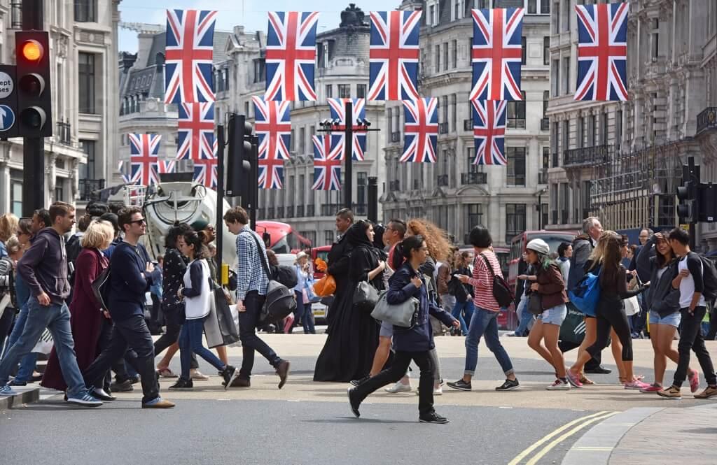 Жители Британии паникуют накануне зимнего сезона
