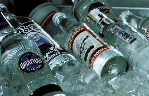 В России сократились продажи крепких алкогольных напитков