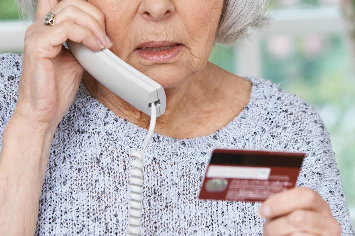Телефонные мошенники используют новые схемы по выманиванию денег – МВД