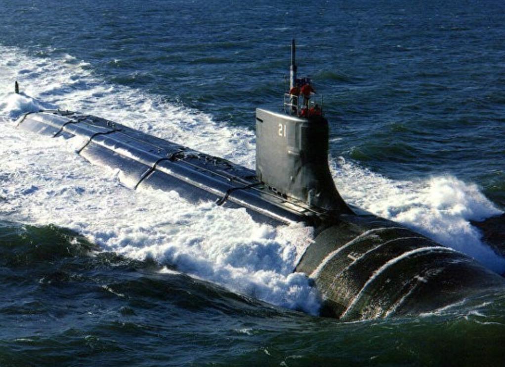 В Южно-Китайском море произошло столкновение атомной подводной лодки США и неизвестного объекта