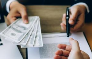 Микрофинансовые организации пожелали выдавать кредиты под залог недвижимого имущества