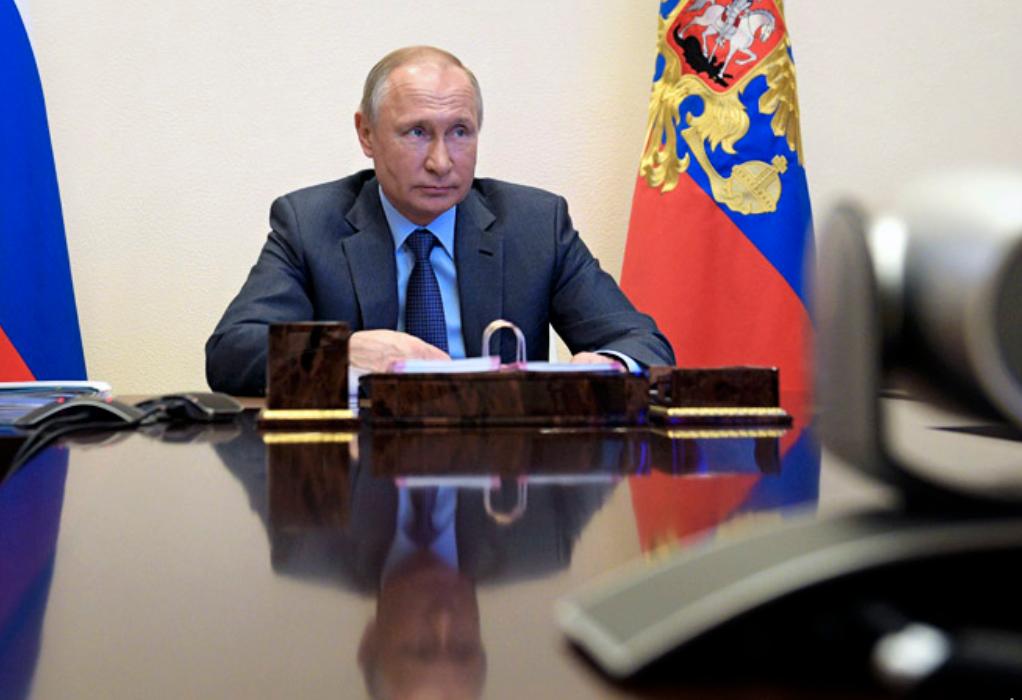 Путин обозначил главного врага российского общества