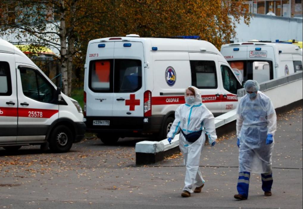 Эксперты называют текущую волну пандемии коронавируса самой тяжелой в истории