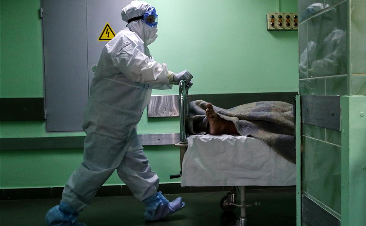 В России снова обновлен антирекорд по суточному числу смертей от COVID-19