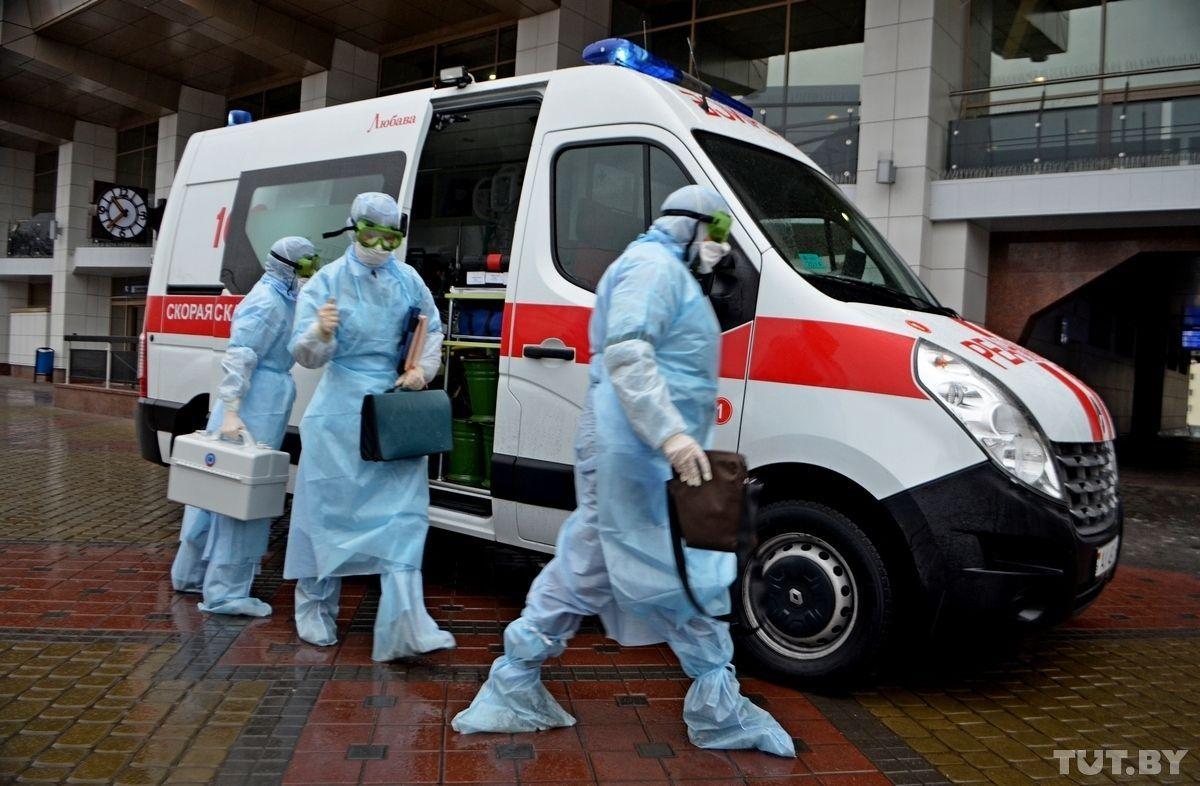 Ситуация с COVID-19 в России ухудшается: установлен новый антирекорд смертности